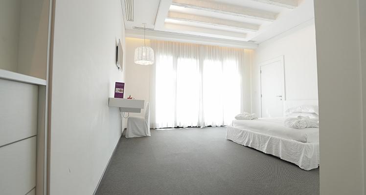 Deluxe-Sea-View-room-5