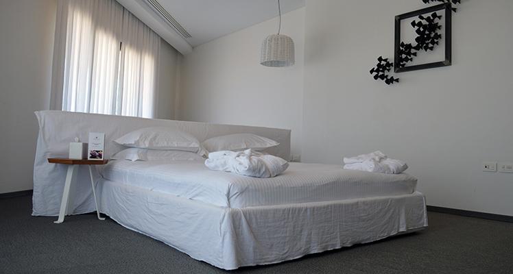 Deluxe-Sea-View-room-9